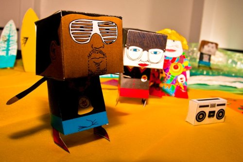 kanye west paper craft doll